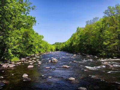 bigstock-The-Farmington-River-Surrounde-278007343-opt