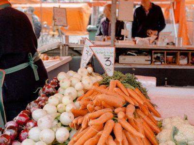 carrot-cauliflower-commerce-2813133